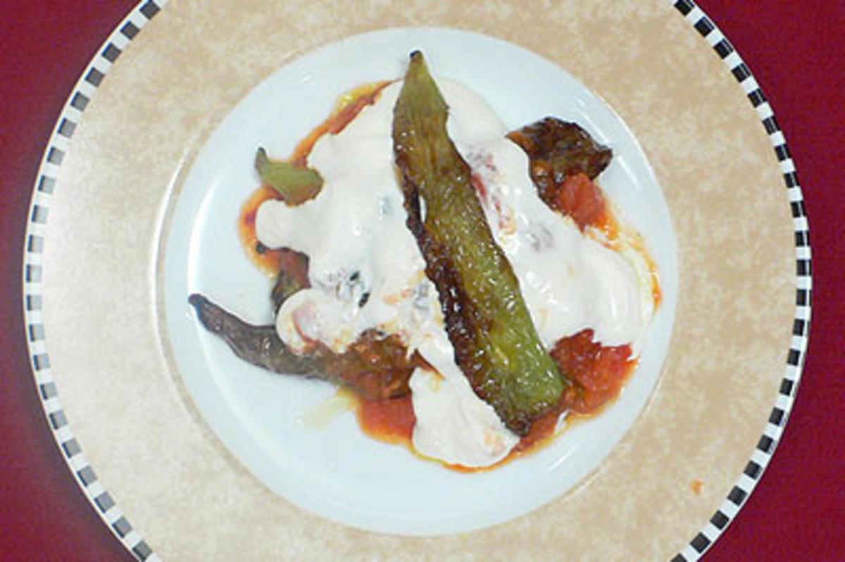 das perfekte dinner rezepte auberginen zucchini hochzeit in joghurtso e. Black Bedroom Furniture Sets. Home Design Ideas