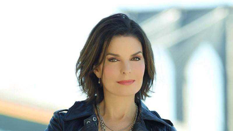Sela Ward im Interview