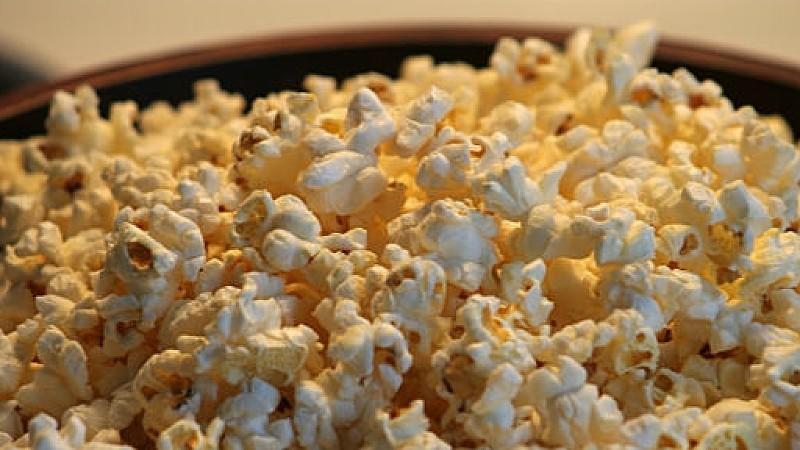 popcorn gesund fit und gesund mit dem beliebten kino snack. Black Bedroom Furniture Sets. Home Design Ideas