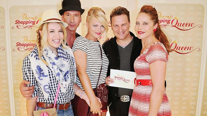 "Promi Shopping Queen mit Moderator Jochen Bendel, Model und Schauspielerin Diane Herold,""Self-Made-It-Girl"" Davorka Tovilo, Schauspielerin Doreen Dietel"