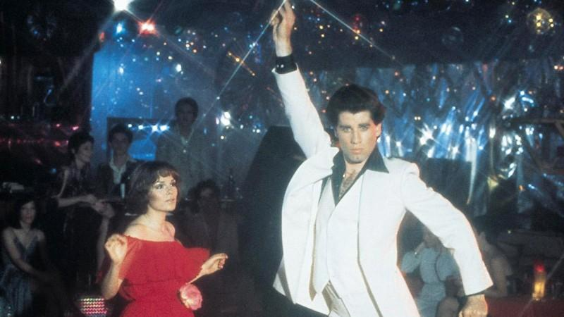 "John Travolta und Karen Lynn Gorney in ""Saturday Night Fever"" (1977) © VOX/Paramount Pictures"
