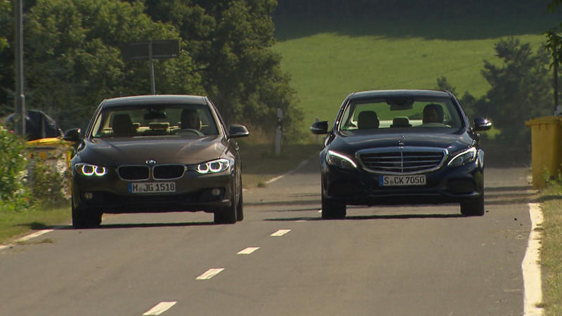 Mercedes C200 vs. BMW 320i