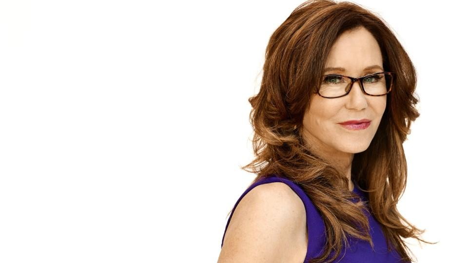 "Mary McDonnell spielt Captain Sharon Raydor in ""Major Crimes"""