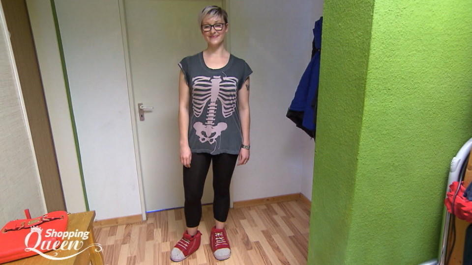 "Guido macht bei ""Shopping Queen""-Kandidatin Sissi den Style-Check."