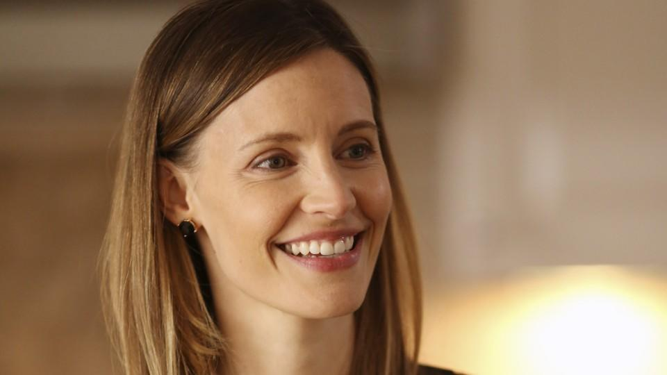 Secrets and Lies: KaDee Strickland in der Rolle der Christy Crawford.