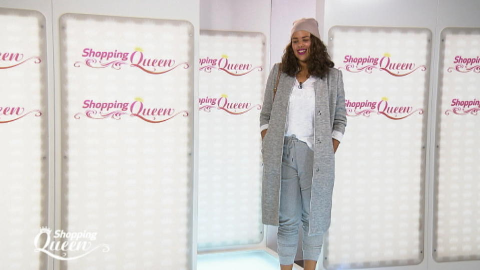 """Shopping Queen""-Kandidatin Mandy auf dem Catwalk"