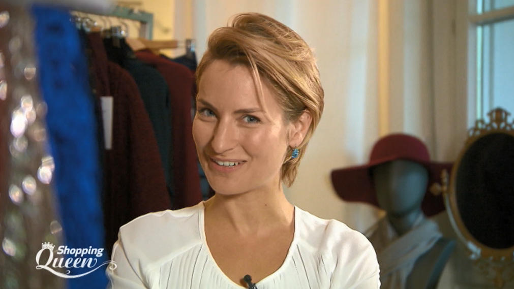 """Shopping Queen""-Kandidatin Caroline macht ""Zaubermode"""