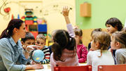 Kitas: Wenig Personal - kaum Zeit für die Kinder