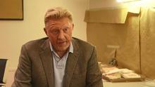 Backstage: Boris Becker schaut besorgt in die Zukunft
