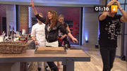 Hanka Rackwitz stürzt in der Küche und verletzt sich