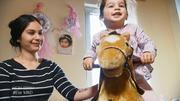 Mama Talitha erzieht ihre Tochter bedürfnisorientiert
