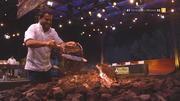 Ali holt für Chris Tall die Kohlen aus dem Feuer